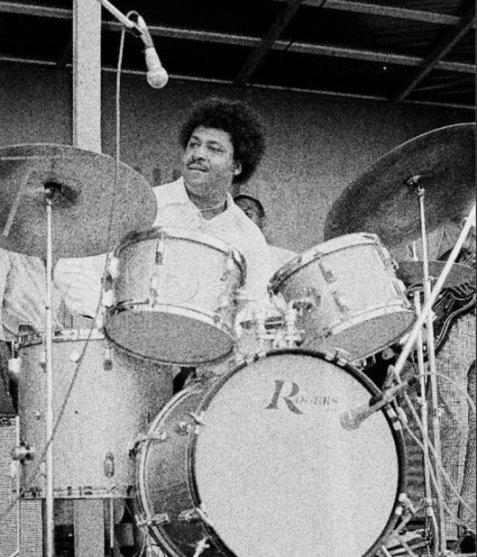 SamLay1969A