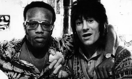 Bobby Womack with Ronnie Wood in 1975