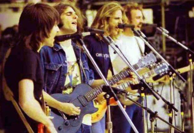eagleslive1975_02