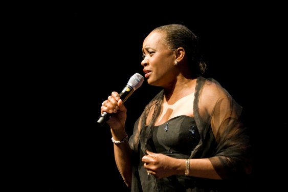 Barbara Hendricks01