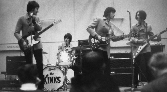 TheKinks01