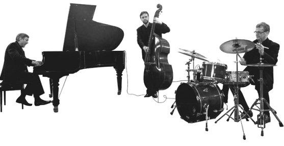 Andrzej Jagodzinski Trio2
