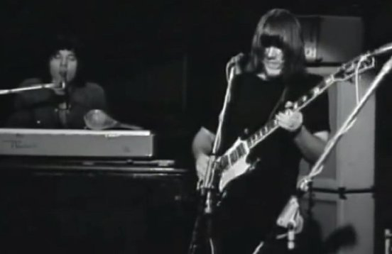 ChicagoLive1969_02