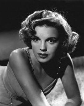 Judy Garland01.jpg