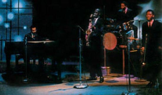 JazzCrusaders02.jpg