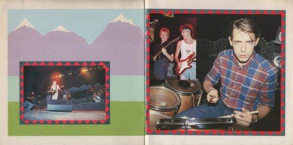 Booklet01+02.jpg