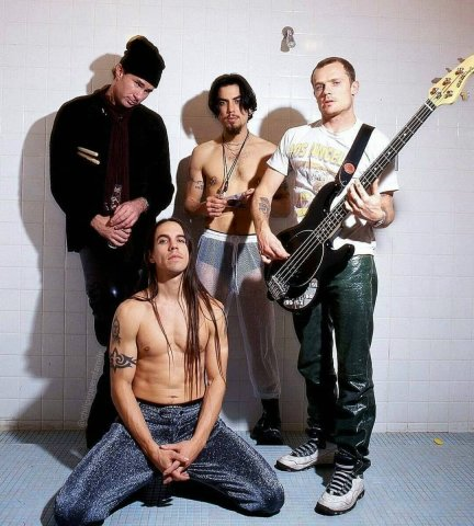 Red Hot Chili Peppers02