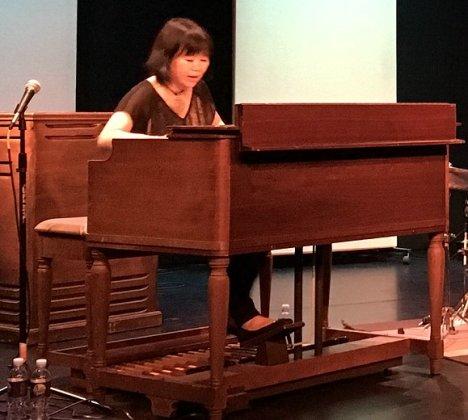 Akiko Tsuruga01