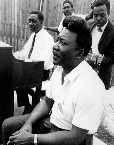 Otis Spann02